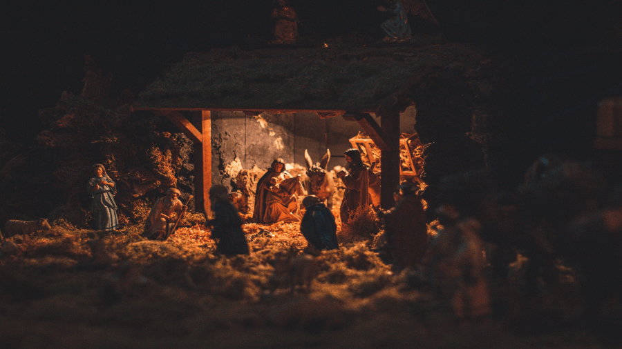 Baby Jesus Scene At Night 2 900x506