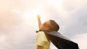 Little Kid Looking At Sky Light 356x200