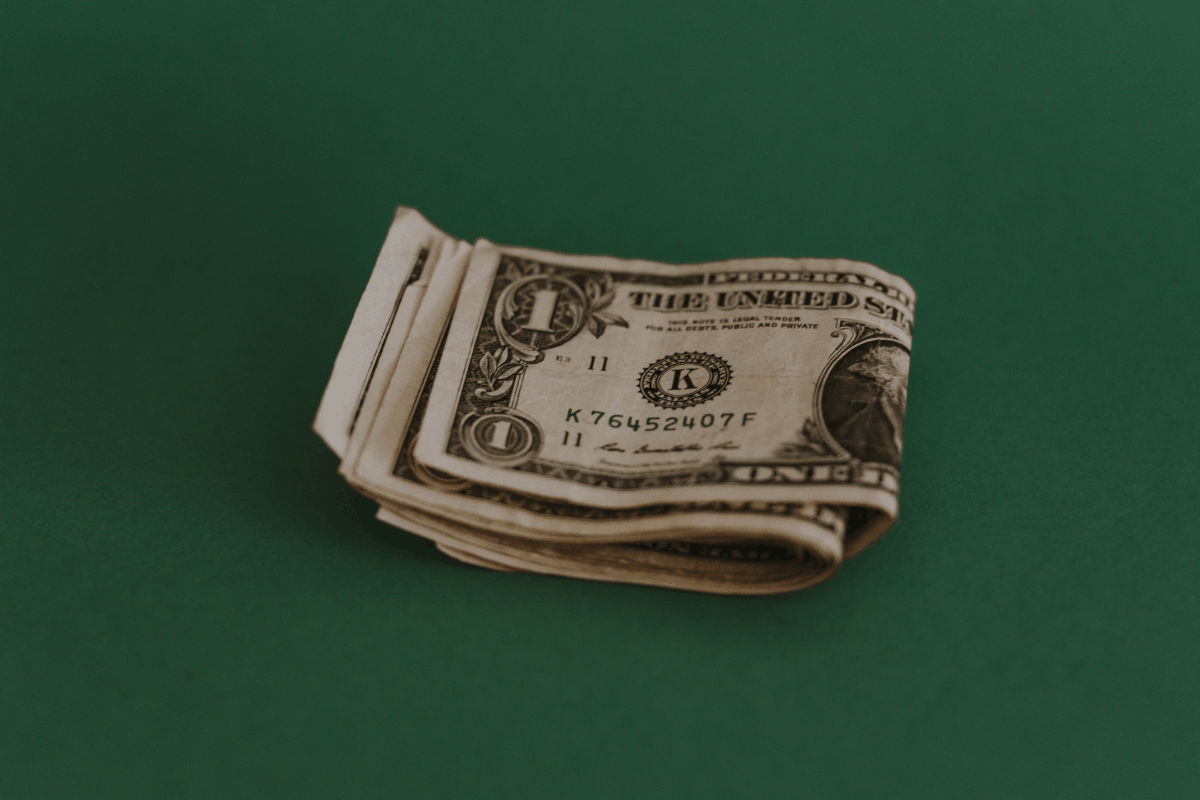 Bundle Of Dollars 1200x800